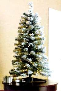 FT FLOCKED CHRISTMAS TREE / 70 CLEAR LIGHTS / 110 TIPS / NEW IN BOX