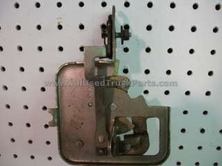 S10 Blazer S15 Jimmy Bravada Back Glass Rear Latch Assembly