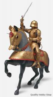 Gold Knight w/Horse Medieval King Arthur plastic model kit#6525