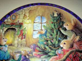 Christmas Comes To Primrose GOD BLESS OUR HOME Plate Bx+COA