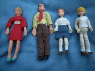 Dollhouse family vintage mom, dad, brother, sister