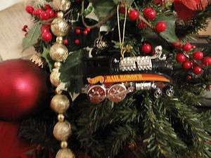 DIECAST HOT WHEEL RAIL RODDER TRAIN CHRISTMAS TREE ORNAMENT
