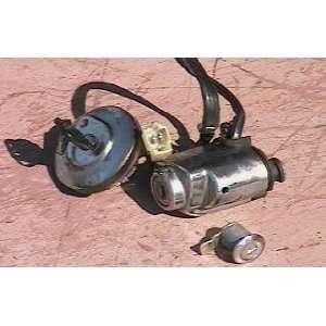 Honda VT 1100 C2 Gas Cap Seat Lock Ignition Switch Key Automotive