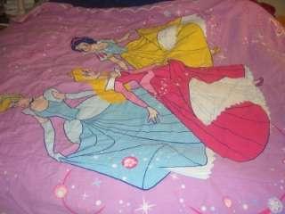 Girls Cartoon Character Twin Comforter/Blanket/Bedspread (Vintage