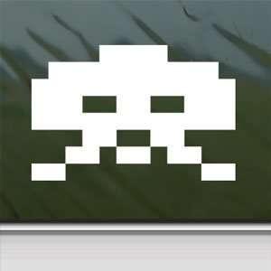 Space Invader White Sticker Wii Car Vinyl Window Laptop White Decal