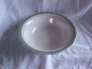Syracuse China 9 Serving Bowl Green & Gold Rim