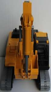 New Bruder 116 1/16 Scale Caterpillar Excavator Construction Model