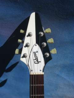 1993 GIBSON MICHAEL SCHENKER BLACK / WHITE FLYING V
