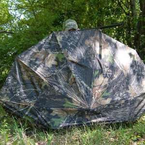 Lite Magnum Umbrella Blind 67 Inch Realtree Hardwood Camo   Carry Lite