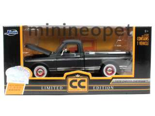 JADA COLLECTORS CLUB 1972 CHEVY CHEYENNE PICK UP TRUCK 1/24 FLAT