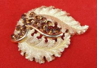 Vtg Crown Trifari Brown Rhinestone Gold Leaf Brooch Pin