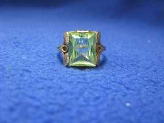 Genuine Green Aquamarine Antique Ladies Ring 10K Yellow Gold