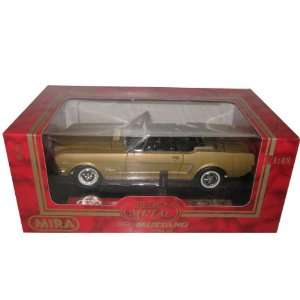 1964 1/2 Ford Mustang Convertible Gold 118 Model Car