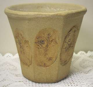 USA Sand Cast Pottery Pressed Floral Design Planter/Flower Pot