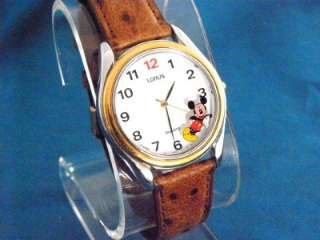 VINTAGE LORUS MICKEY MOUSE WATCH, 5 OCLOCK QUITTIN TIME IN THE BOX
