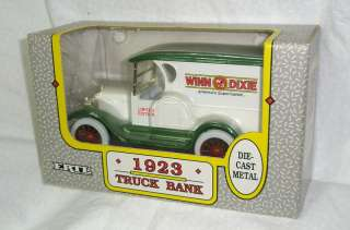 1923 Winn Dixie truck bank by Ertl die cast metal