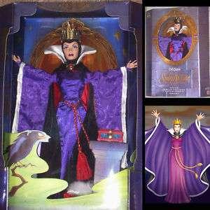 Poupée Barbie Disney Blanche Neige Evil Queen Sorcière Witch