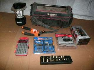 WHOLESALE LOT OF NAMEBRAND TOOL BAG AND ASSORTED TOOLS